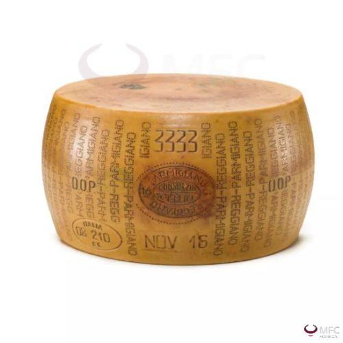 Parmigiano-Reggiano-Forma-intera